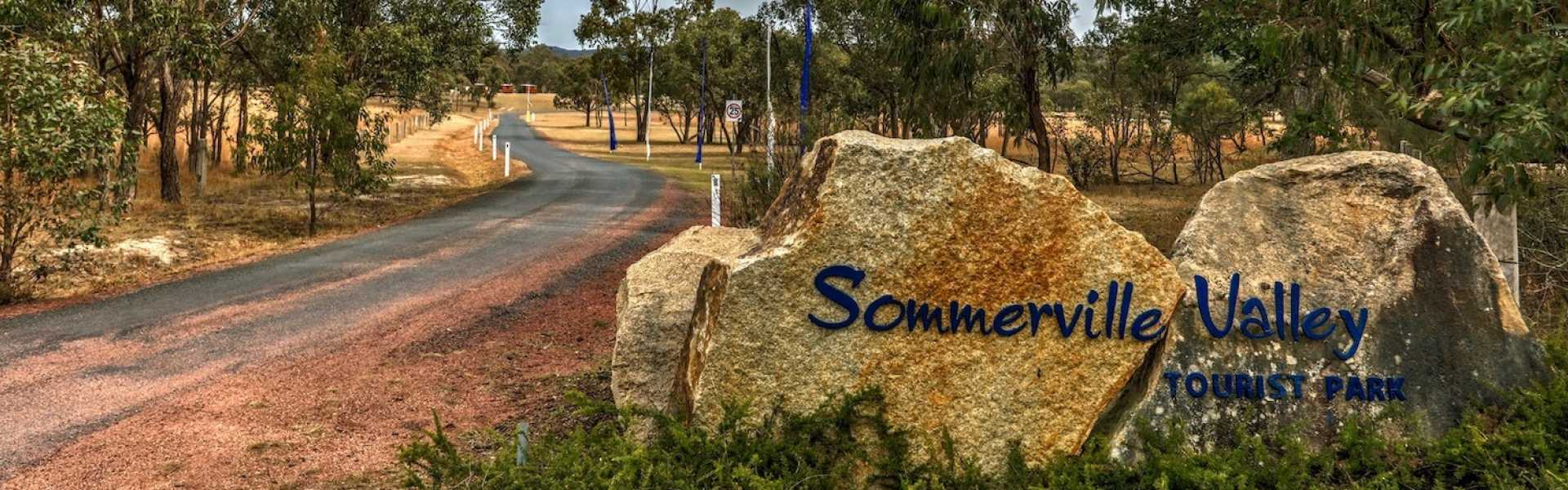 Kui Parks, Sommerville Valley Tourist Park, Stanthorpe, Entrance