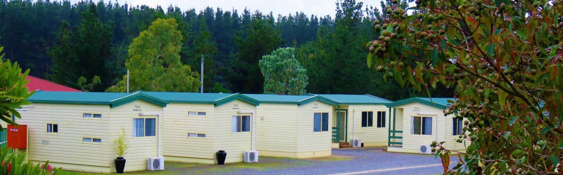 Kui Parks, Mt. Compass Caravan Park, Cabins