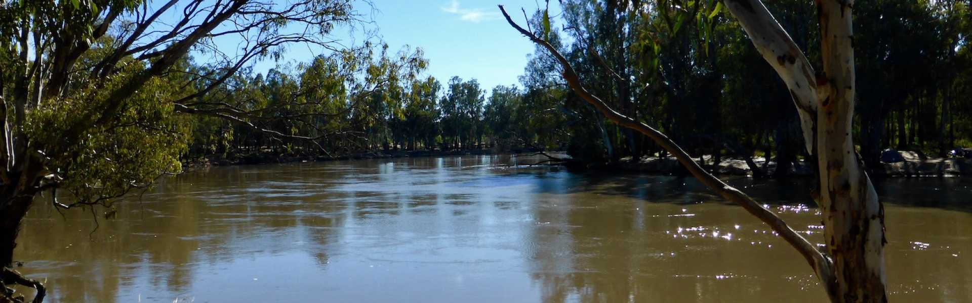 Kui Parks, Cocobend Caravan and Camping Grounds, Moama, River