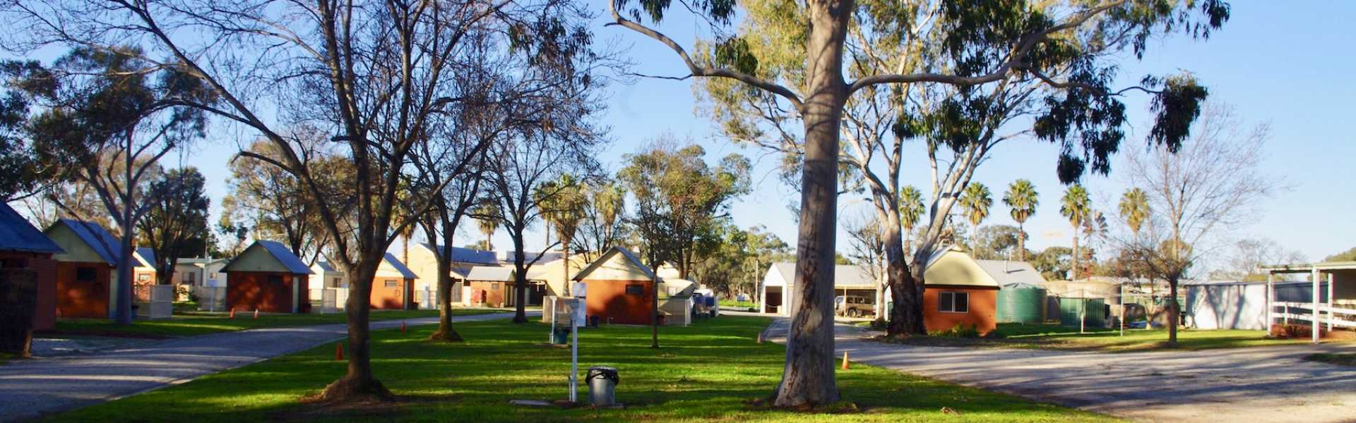 Kui Parks, Deniliquin, Pioneer Tourist Park, Ensuite Sites