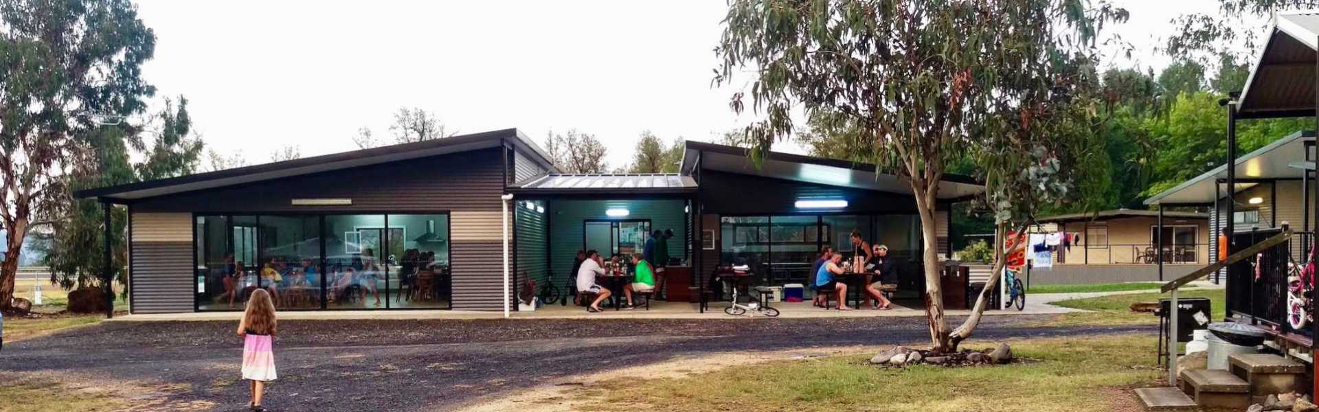 Kui Parks, Khancoban Lakeside Caravan Park, Camp Kitchen