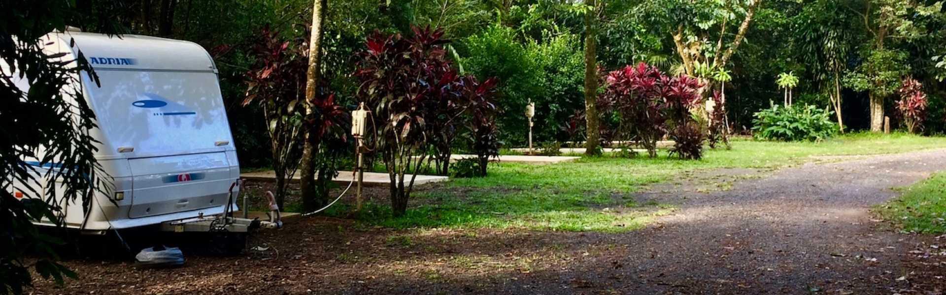 Kui Parks, Millaa Millaa Tourist Park, Sites