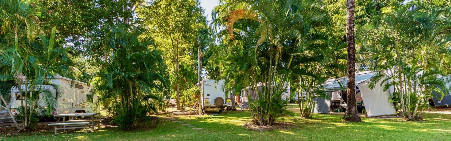 Kui Parks, Oasis Tourist Park, Sites