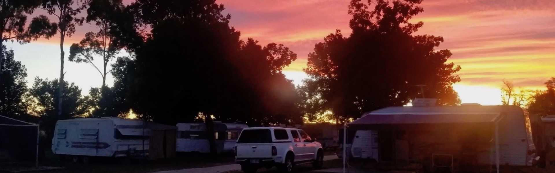 Kui Parks, Spring Creek Caravan Park, Sunset