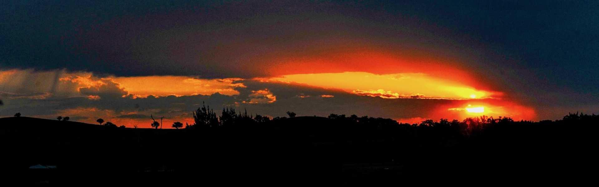 Kui Parks, City Lights Caravan Park, Tamworth, Sunset