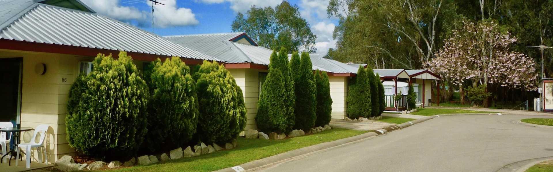 Kui Parks, Wangaratta Caravan Park, Cabins