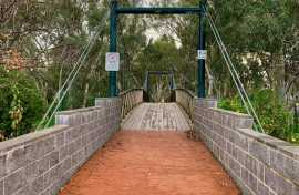 kui parks, charlton, travellers rest, caravan park, bridge