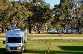 Kui Parks, Cocobend Caravan and Camping Grounds, Moama, Sites