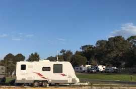 Kui Parks, Lilydale Pine Hill Caravan Park, Sites