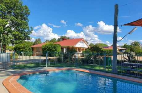 Kui Parks, Mundubbera, Three Rivers Tourist Park, Pool