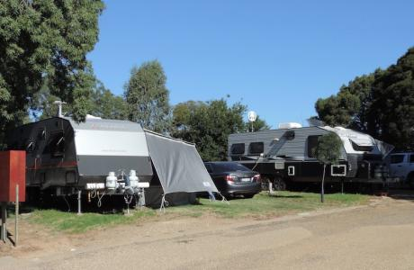 Kui Parks, Horseshoe Tourist Park, Wagga Wagga, Caravan Sites