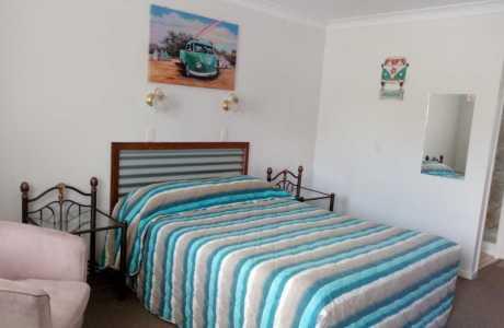 Kui Parks, Killarney Sundown Motel & Tourist Park, Motel Room 2