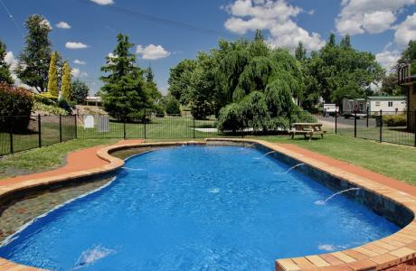 Kui Parks, Inverell Caravan Park, Pool