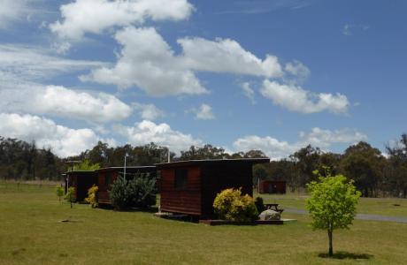 Kui Parks, Sommerville Valley Tourist Park, Stanthorpe, Cabins