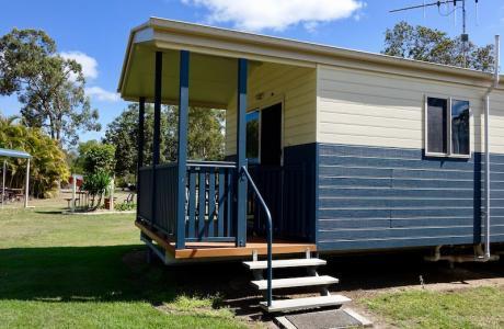 Burrum River Caravan Park, Howard, Kui Parks, Cabin
