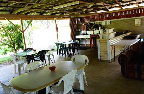 Kui Parks, Bush Oasis Caravan Park, Townsville, Camp Kitchen