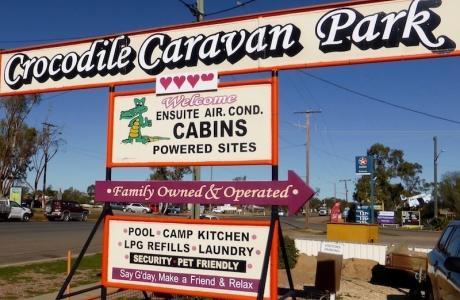 Kui Parks, Crocodile Caravan Park, Lightning Ridge, Entrance