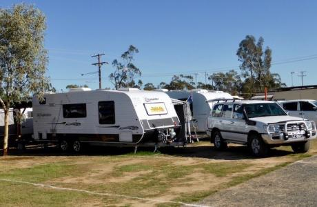 Kui Parks, Crocodile Caravan Park, Lightning Ridge, Sites
