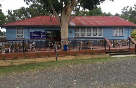 Kui Parks, Crows Nest Caravan Park, Cafe & Restaurant