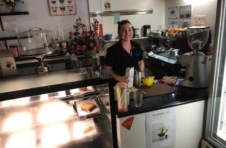 Kui Parks, Crows Nest Caravan Park, Hidden Gem Restaurant & Cafe, Cafe