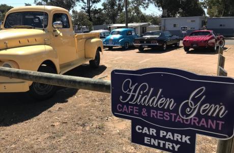 Kui Parks, Crows Nest Caravan Park, Hidden Gem Restaurant & Cafe, Park