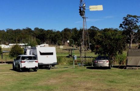 Kui Parks, Crows Nest Caravan Park, Sites