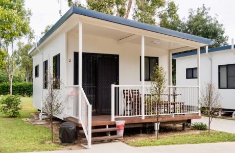 Kui Parks, Crystal Creek Caravan Park, Mutarnee, Cabin