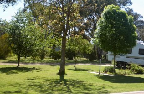 Kui Parks, Double D Caravan Park, Peak Hill, Sites