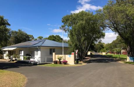 Kui Parks, Four Seasons Holiday Park, Busselton, Office, Entrance