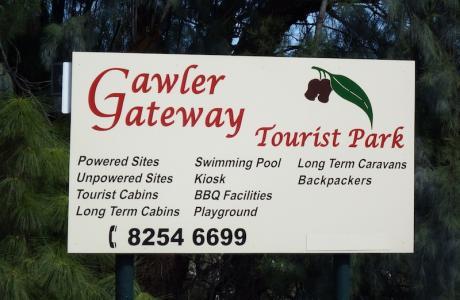Kui Parks, Gawler Gateway Tourist Park, Signage