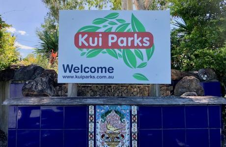 Kui Parks, Gunna Go Caravan Park, Proserpine, Entrance