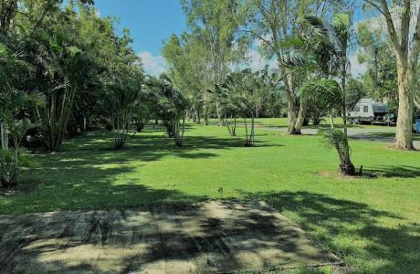Kui Parks, Gunna Go Caravan Park, Proserpine, Sites
