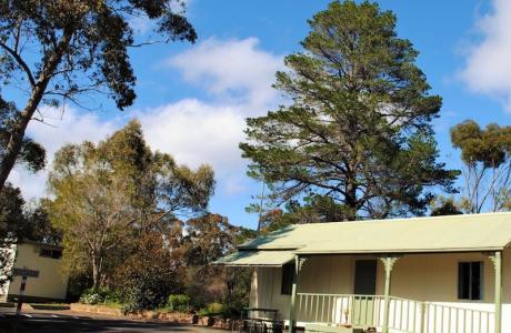Kui Parks, Maldon Caravan Park, Cabin