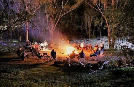 Kui Parks, Maldon Caravan Park, Camp Fire