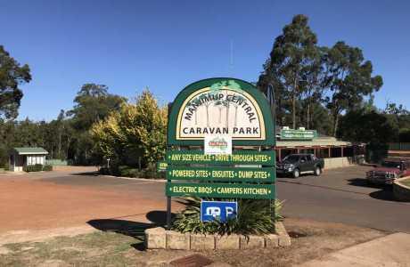 Kui Parks, Manjimup Central Caravan Park, Entrance