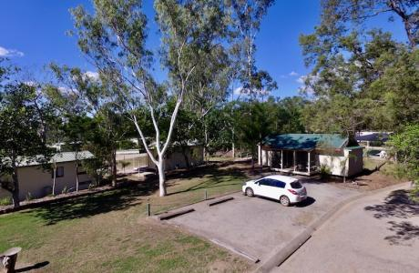 Kui Parks, Monto Caravan Park, Sites