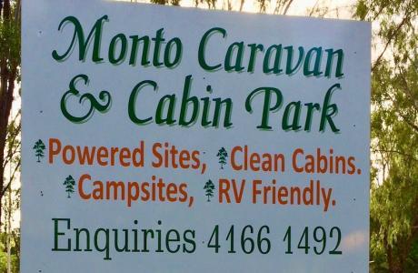 Kui Parks, Monto Caravan Park, Signage