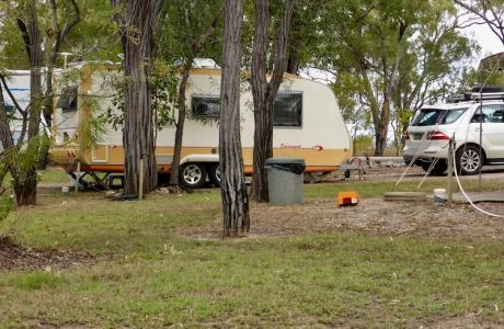 Kui Parks, Mt. Carbine Caravan Park, Sites