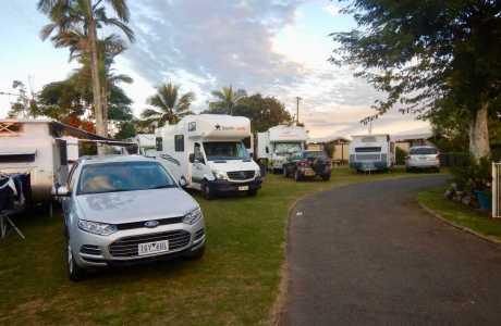 Kui Parks, Bundaberg, Oakwood Caravan Park, Sites
