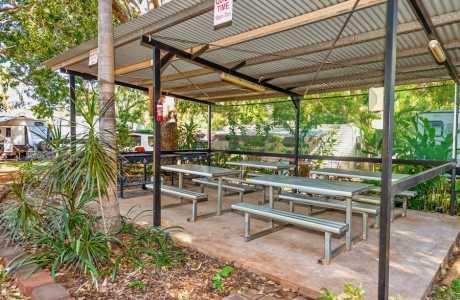 Kui Parks, Oasis Tourist Park, BBQ