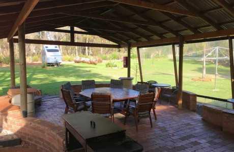 Kui Parks, Porongurup Range Tourist Park, BBQ, Lounge