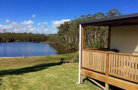 Kui Parks, Smithton, River Breeze Caravan & Cabin Park, Cabin