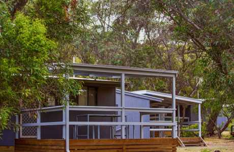 Kui Parks, Robe Holiday Park, Cabins