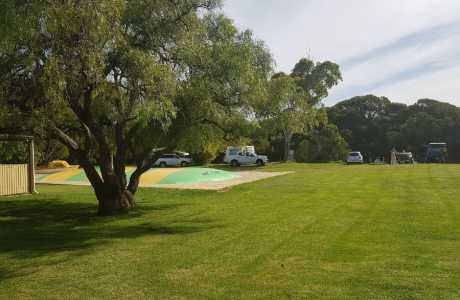 Kui Parks, Robe Holiday Park, Sites