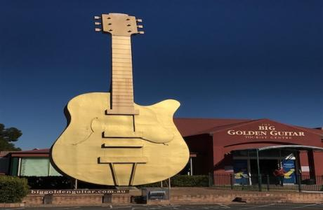 Kui Parks, City Lights Caravan Park, Tamworth, Golden Guitar