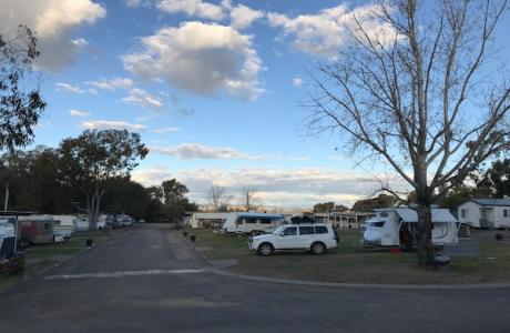 Kui Parks, City Lights Caravan Park, Tamworth, Caravan Sites