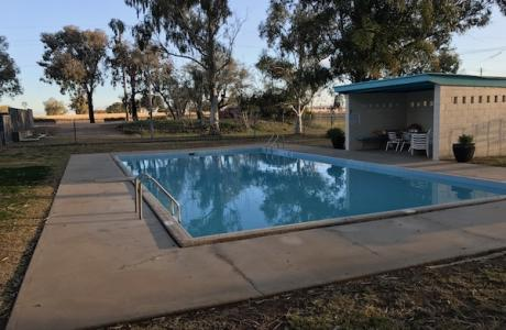 Kui Parks, City Lights Caravan Park, Tamworth, Pool