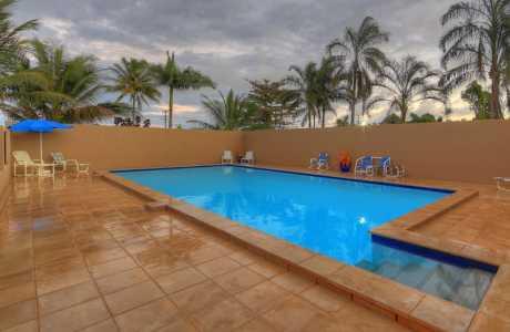 Kui Parks, Tropical Hibiscus Caravan Park, Mission Beach, Pool