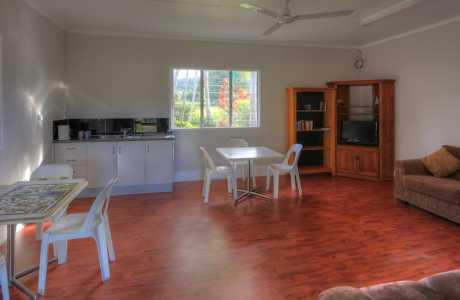 Kui Parks, Tropical Hibiscus Caravan Park, Mission Beach, Recreation Room