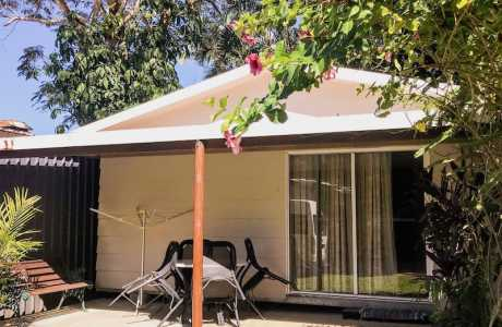 Kui Parks, Tropical Hibiscus Caravan Park, Mission Beach, Self-Contained Cabin